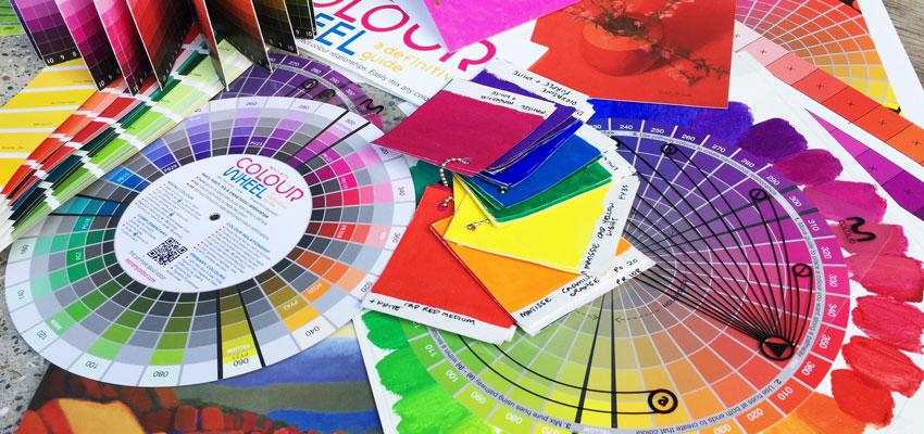 Choosing Acrylic Paint Colors